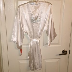 Bridal robe white with blue stitching